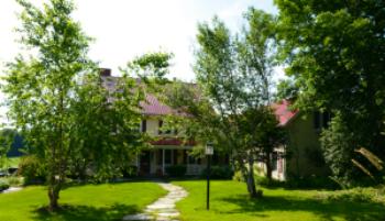 Buck Hollow Inn
